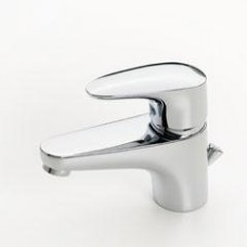 Oras Vega Смеситель для умывальника с рычажным донным клапаном. Двухкомпонентная прочная рукоятка оснащена эко-кнопкой для ограничения температуры и расхода воды. При нажатии эко-кнопки расход можно увеличить. F = гибкая подводка, хром 1800F