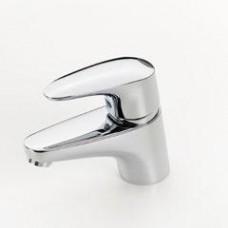 Oras Vega Смеситель для умывальника. Двухкомпонентная прочная рукоятка оснащена эко-кнопкой для ограничения температуры и расхода воды. При нажатии эко-кнопки расход можно увеличить.F = гибкая подводка, хром 1810F